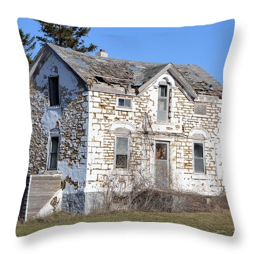 Limestone Throw Pillow featuring the photograph Heartache by Bonfire Photography