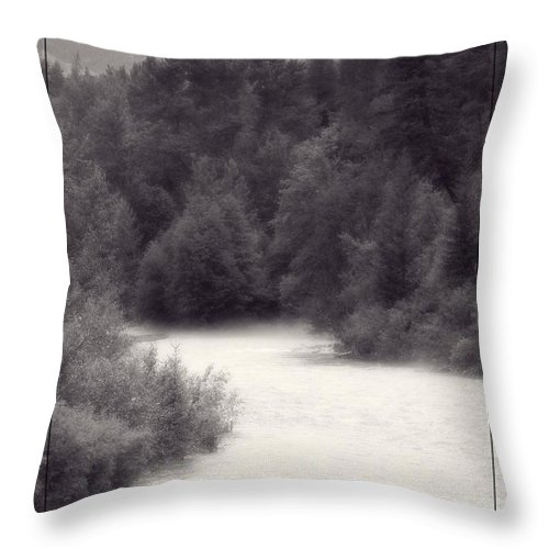 River Throw Pillow featuring the photograph Hart's Pass by Jamie Johnson