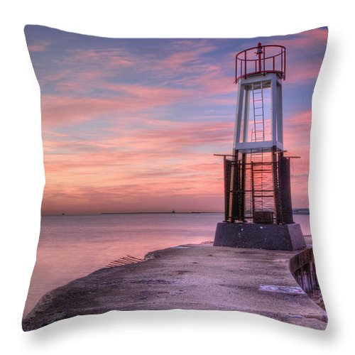 Lake Michigan Throw Pillow featuring the photograph Heavenly Hues by Lindley Johnson
