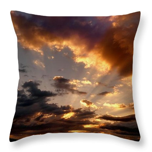 Heavenly Rapture Throw Pillow featuring the photograph Heavenly Rapture by Mike Breau