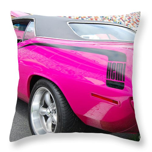 American Muscle Car Throw Pillow featuring the photograph Hemi Cuda by Mark Spearman
