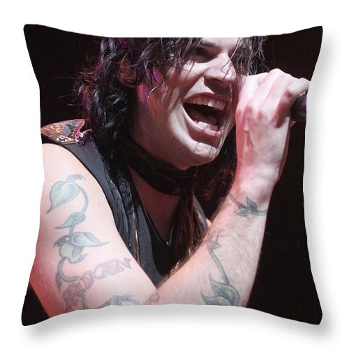 Singer Throw Pillow featuring the photograph Hinder by Concert Photos