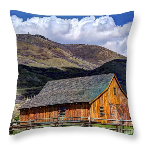 Historic Barn Throw Pillow featuring the photograph Historic Barn - Wasatch Front by Gary Whitton