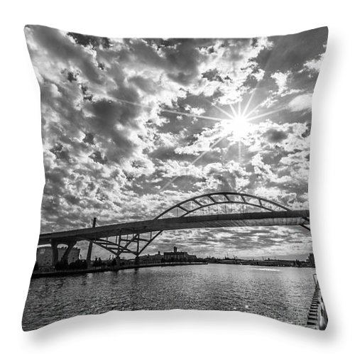 3rd Ward Throw Pillow featuring the photograph Hoan Bridge Peak Thru by Andrew Slater