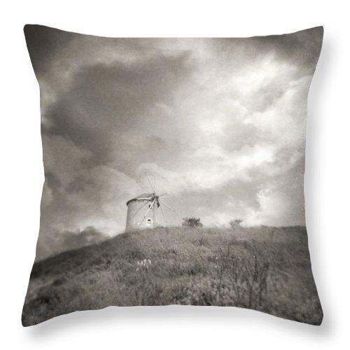 Holga Throw Pillow featuring the photograph Holga Dream by Zapista