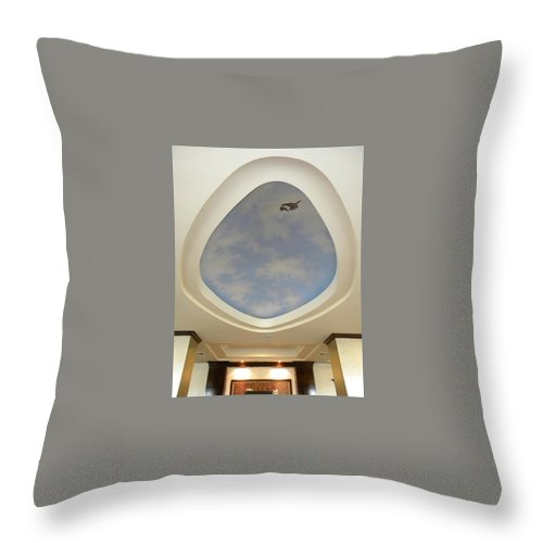 Murals Throw Pillow featuring the painting Holiday Inn Express Ceiling Dome Mural by Frank Wilson