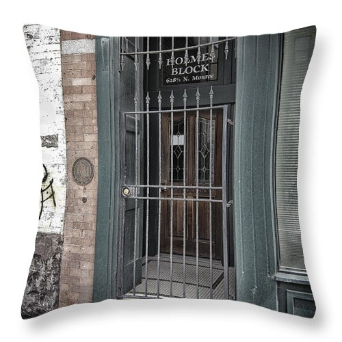 Entrance Throw Pillow featuring the photograph Holmes Block Building by Daniel Hagerman
