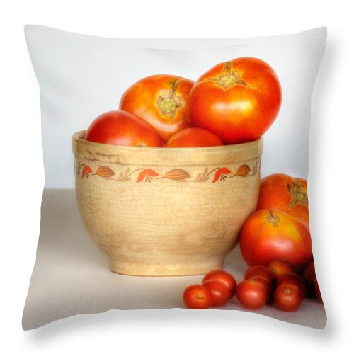 Bowl Throw Pillow featuring the photograph Home Grown Tomatoes II by David and Carol Kelly