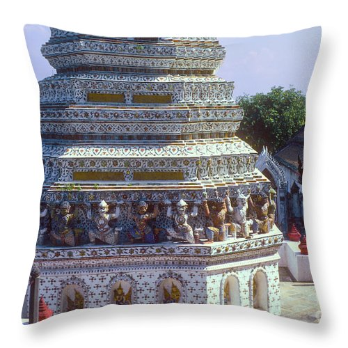 Temple Of Dawn Wat Arun Temple Of The Rising Sun Temples Horse Guardian Spire Spires Tower Towers Landmark Landmarks Place Places Of Worship Structure Structures Building Buildings Architecture Detail Bangkok Thailand Throw Pillow featuring the photograph Horse Guardian Spire Artwork by Bob Phillips