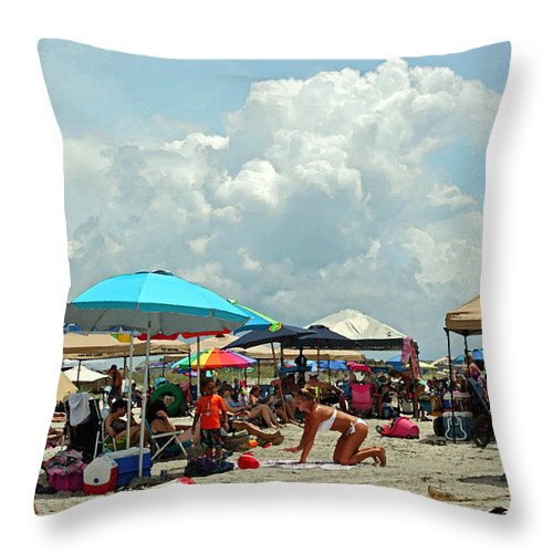 Beach Throw Pillow featuring the photograph Hot Day At The Beach by Suzanne Gaff