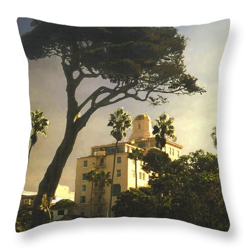 Landscape Throw Pillow featuring the photograph Hotel California- La Jolla by Steve Karol