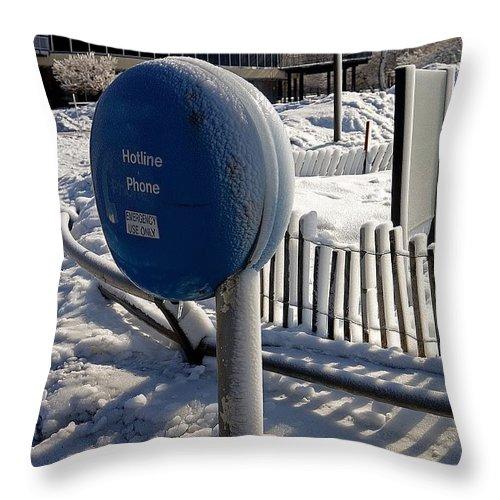 Niagara Falls Throw Pillow featuring the photograph Hotline by Eric Swan