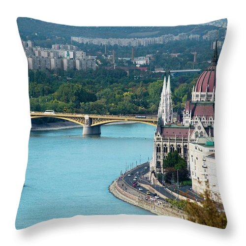 Arch Throw Pillow featuring the photograph Hungarian Parliament Building by Paul Biris