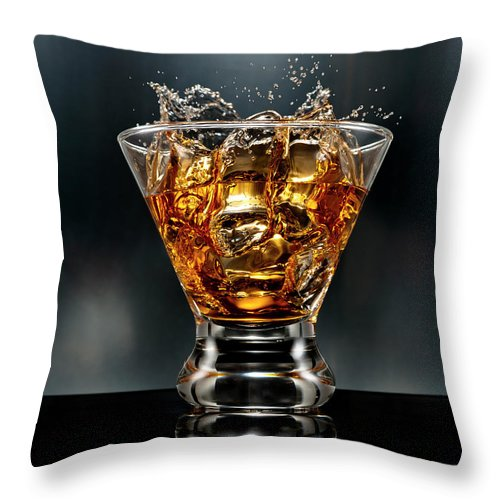 Alcohol Throw Pillow featuring the photograph Ice Cube Splash Alcohol Drink by Chris Stein