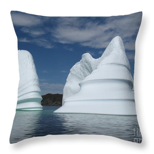 Iceberg Newfoundland Throw Pillow featuring the photograph Icebergs by Seon-Jeong Kim