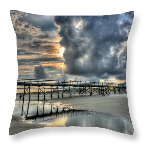 Fishing Pier Throw Pillow featuring the photograph Illumination by Don Mennig