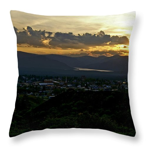 Sunset Throw Pillow featuring the photograph In My Place by Jeremy Rhoades
