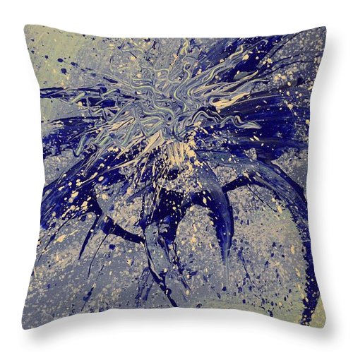 Abstract Throw Pillow featuring the painting Iris by Shane Weiss