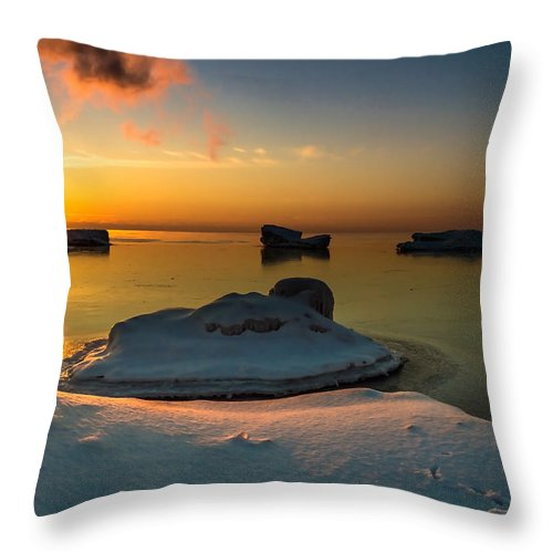 Sunrise Throw Pillow featuring the photograph Island Burgs by James Meyer