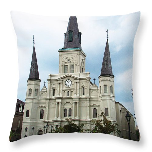 Jackson Throw Pillow featuring the photograph Jackson Square by Richard Booth