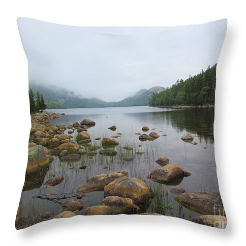 Jordan Pond Throw Pillow featuring the photograph Jordan Pond by Elizabeth Dow
