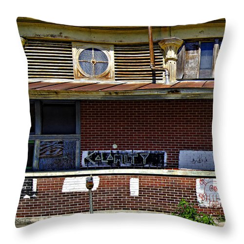 New Orleans Throw Pillow featuring the photograph Kalamity by Steve Harrington