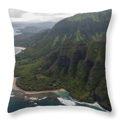 Kee Beach Na Pali Coast Pacific Ocean Kauai Island Hawaii Seascape Throw Pillow featuring the photograph Kee Beach Along The Na Pali Coast - Kauai Hawaii by Brian Harig