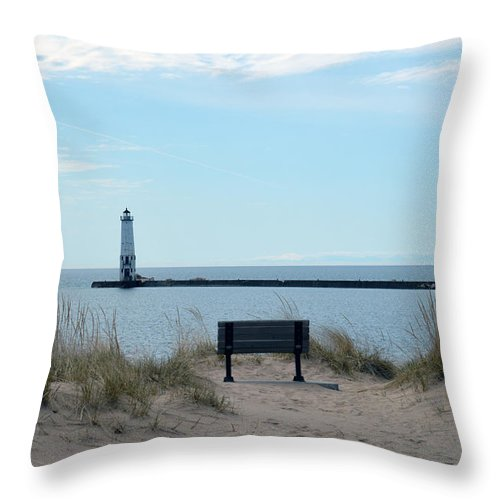 Frankfort Lighthouse Throw Pillow featuring the photograph Keeping Watch by Linda Kerkau
