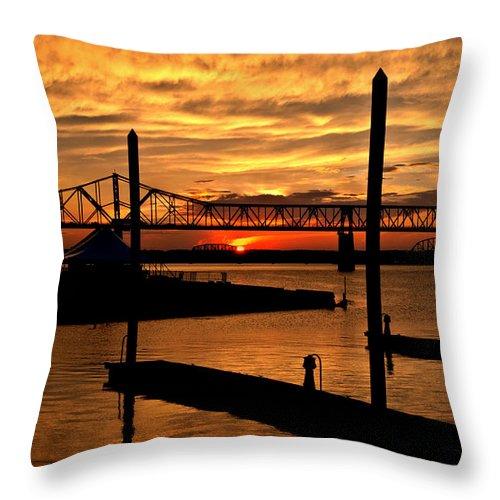 Sunset Throw Pillow featuring the photograph Kentucky Sunset by Deborah Klubertanz