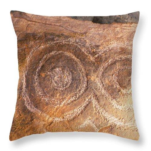 Bru Na Boinne Spiral Detail Throw Pillow featuring the photograph Kerbstone Spiral by Cynthia Wallentine