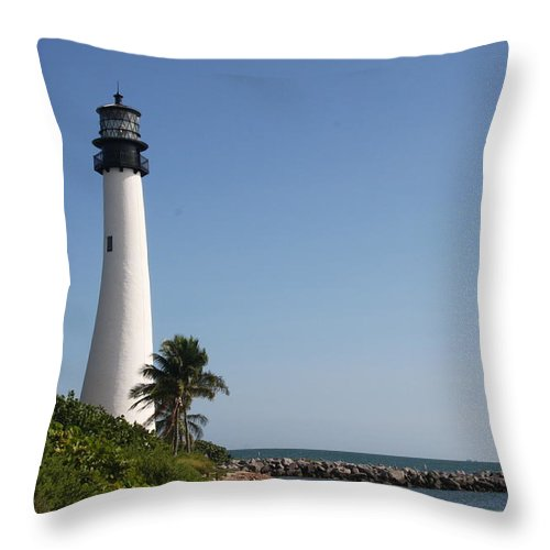 Ligthouse Throw Pillow featuring the photograph Key Biscayne Lighthouse by Christiane Schulze Art And Photography