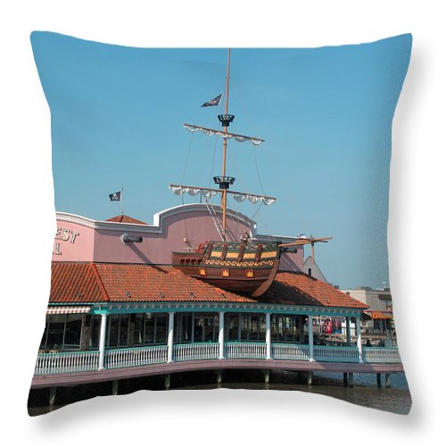 Dining Throw Pillow featuring the photograph Key West Grill by Barbara McDevitt