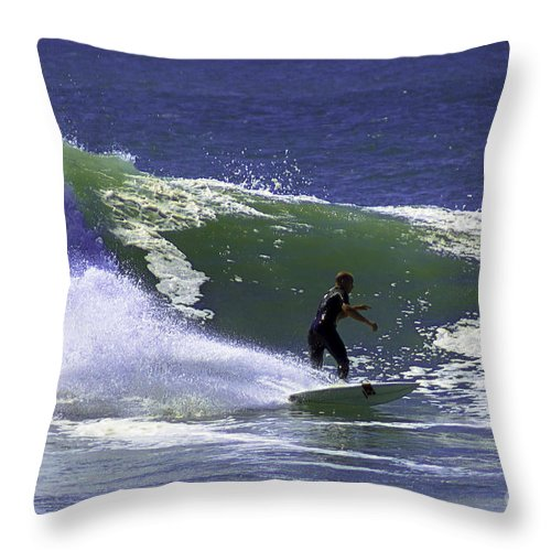 Surf Throw Pillow featuring the photograph Kicking Up Water by Joe Geraci