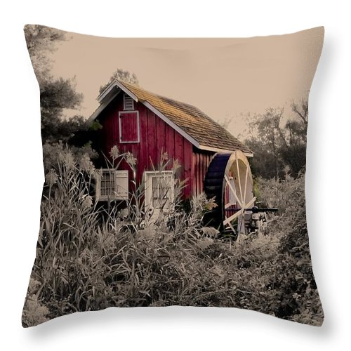 Kimberton Throw Pillow featuring the photograph Kimberton Mill Chester County Pa by Bill Cannon