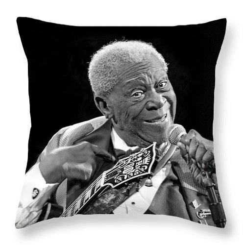 Portrait Throw Pillow featuring the photograph King Of The Blues 2013 by Penny Pesaturo
