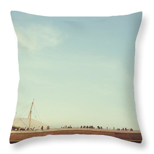 Photography Throw Pillow featuring the photograph Kite Flying At Marina Barrage by Ivy Ho