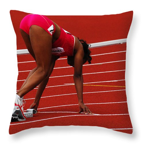 Canadian Track And Field National Championships Throw Pillow featuring the photograph Ladies Get Set by Bob Christopher