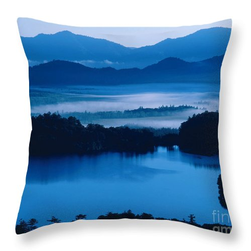 Yu-no-koe Throw Pillow featuring the photograph Lake And Moor In Mist by Tomomi Saito