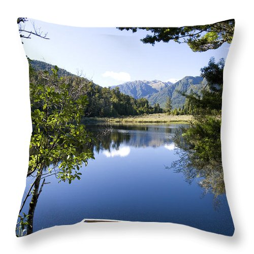 Lake Matheson Throw Pillow featuring the photograph Lake Matheson by Martin Berry