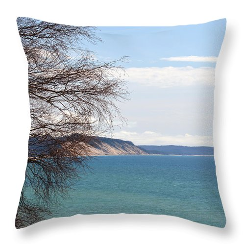 Bluffs Throw Pillow featuring the photograph Lake Michigan Bluffs by Linda Kerkau