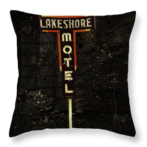 Lake Shore Motel Throw Pillow featuring the photograph Lake Shore Motel by Thomas Young