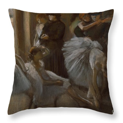 Dancer Throw Pillow featuring the painting Le Foyer De L'opera by Edgar Degas