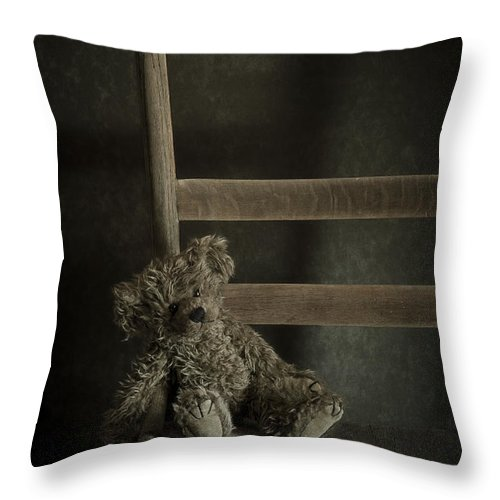 Bear Throw Pillow featuring the photograph Left Behind by Amy Weiss
