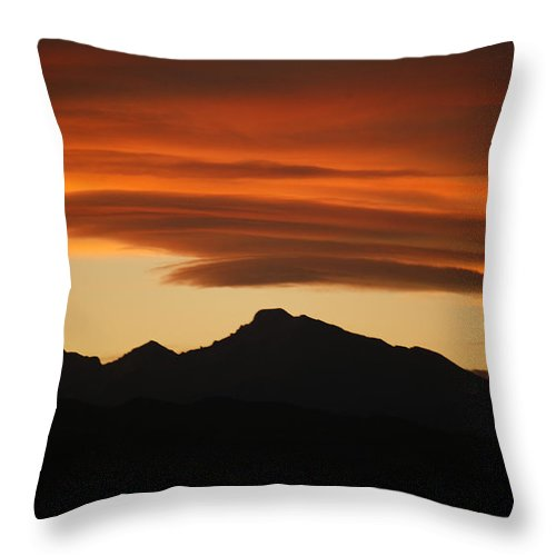 Lenticular Throw Pillow featuring the photograph Lenticular Clouds Over Longs Peak by Marilyn Hunt