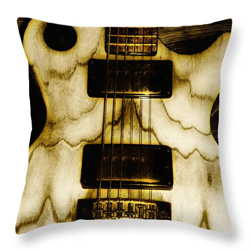 Les Throw Pillow featuring the photograph Les Paul - Blondes Have More Fun by Bill Cannon