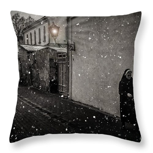 Snow Throw Pillow featuring the digital art Light The Way by Kelley Freel-Ebner