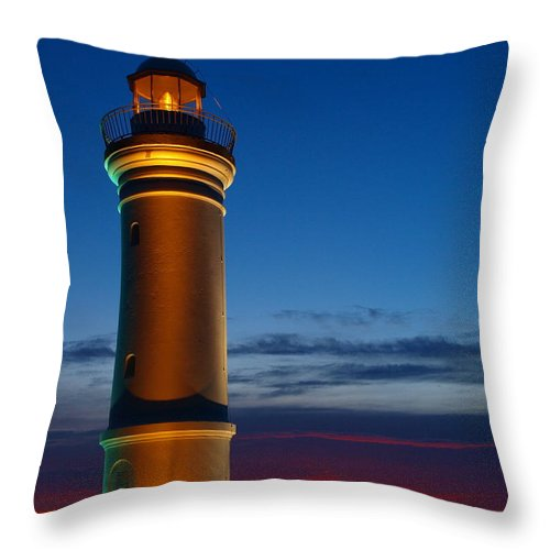 Kiama Lighthouse Throw Pillow featuring the photograph Lighthouse Sunrise by Trena Mara