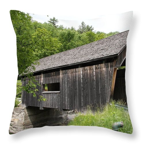 Covered Bridge Throw Pillow featuring the photograph Lincoln Gap Covered Bridge by Christiane Schulze Art And Photography