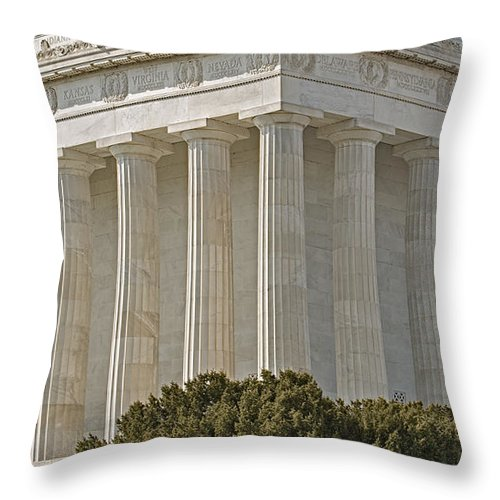 Abraham Lincoln Memorial Throw Pillow featuring the photograph Lincoln Memorial Pillars by Susan Candelario