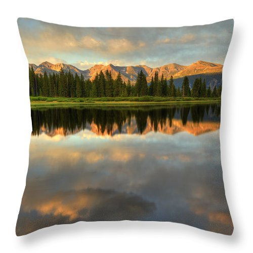 Little Molas Lake Throw Pillow featuring the photograph Little Molas Lake At Sunset by Alan Vance Ley